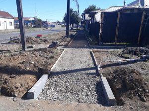 Reposición de veredas y construcción de accesos universal.